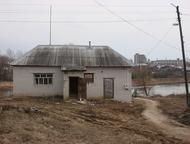 Арзамас: продаю в г. Ардатов продаю в г. Ардатов торговое помещение 90 кв метров с 2 отдельными входами, вода, электричество, земля в собственности, есть обору