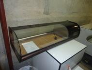 Холодильная витрина 1, 0 м Продаётся холодильная витрина в отличном состоянии. Витрина предназначена для хранения, охлаждения и демонстрации продуктов, Екатеринбург - Разное