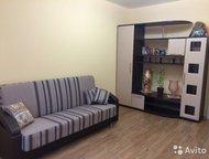 Гатчина: хохлова 7 Сдам квартиру на длительный срок. Есть вся необходимая мебель, холодильник, стиральная машина автомат. , телевизор. Новая электрика. Газовая