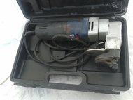 продам электро ножницы Кратон ножницы в замечательном состоянии подходят для работы с жестью цинком и метало черепицей область применения безгранична , Хабаровск - Электрика (оборудование)