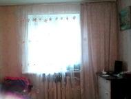 Продажа комната по ул, Космонавтов Продается комната в хорошем состоянии. Пластиковое окно, натяжной потолок, железная дверь. Секция чистая. Туалет, г, Энгельс - Комнаты