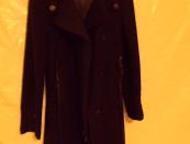 Стильное новенькое пальто Изумительный новячок. Размер от очень маленького до среднего. Есть и  новые другие, и куртки, и дубленки со снижением цены д, Кемерово - Женская одежда
