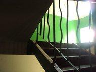 Красноярск: 4 комнатная в Солнечном Просторная квартира, водосчетчики, окно ПВХ только на кухне, огромный простор для фантазии, когда по своему вкусу и запросам б