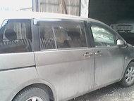 Красноярск: Продам аварийный авто Tayota isis 2007г. битый,