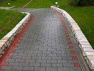 Москва: Укладка тротуарной плитки, брусчатки Оказываем следующие строительные услуги:  Укладка тротуарной плитки.   Укладка бетонной и гранитной брусчатки.