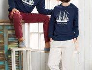 Свитшот Sails Blue Производитель: Captains mate  Cвитшот унисекс синего цвета с изображением парусника.   Классический крой, рукав реглан, манжеты и , Москва - Одежда и обувь, аксессуары - разное