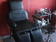 Москва: Кресло для педикюра (Анатомическое) Педикюрное кресло с анатомией от производителя. Регулирующиеся подлокотники,   Регулировка каждой ноги и спинки от