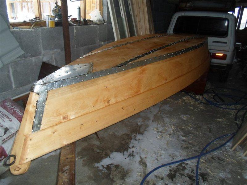 как заделать швы в лодке