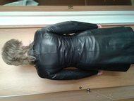 женский кожаный плащ продам женский, стильный, кожаный плащ, черного цвета. Очень хорошая, мягкая кожа. Отрезной в талии с поясом. Размер 46-48. Совер, Нижнекамск - Женская одежда