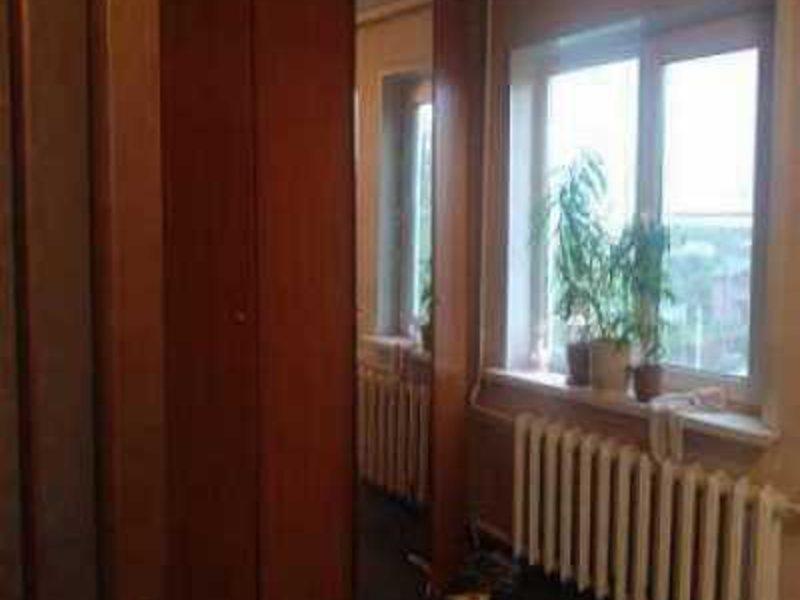 Квартира в хорошем состоянии, балкон застеклен, - однокомнат.