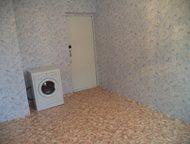 Октябрьский: продажа комнаты продам чистую и уютную комнату. рядом с комнатой большая кладовка. добропорядочные соседи.