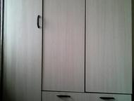 шкаф для одежды шкаф для хранения одежды, 2 отдела, 2 ящика, современный и в хорошем состоянии. Продам срочно, Прокопьевск - Мебель для гостиной