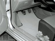 Тольятти: Автоковрики в авто Автоковрики в салон и богажник.   Материал:  Бельгийский тафтинговый ковролин на резиновой основе.   Характеристики материала:  • В