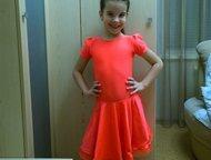 Рейтинговое платье Размер: 110-116 см (4-6 лет)  Что можно сказать про это рейтинговое платье?  Главное, это то, что оно в хорошем состоянии!   + к юб, Тольятти - Спортивная одежда