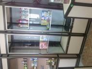 Волгоград: продам оборудование для магазина Продам торговое оборудование витрины, стеллажи, тумбы всего 12предметов. Также продам витринный холодильник все в отл